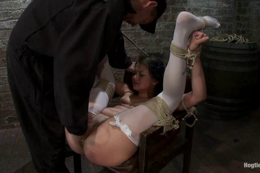 порно фильмы наказание рабыни вроде